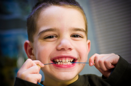 Dental_floss_kids1