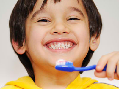 Brush-Your-Kids-For-Oral-Health