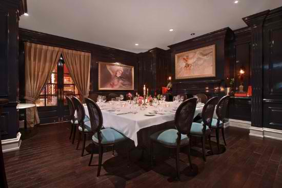 private-dining-small