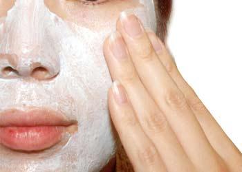 exfoliating-face-mask