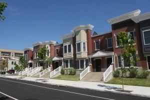 10_09_12_Exterior2_Homes-Saybrook_INJ