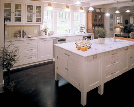 Painting your cabinets white for White kitchens cabinets