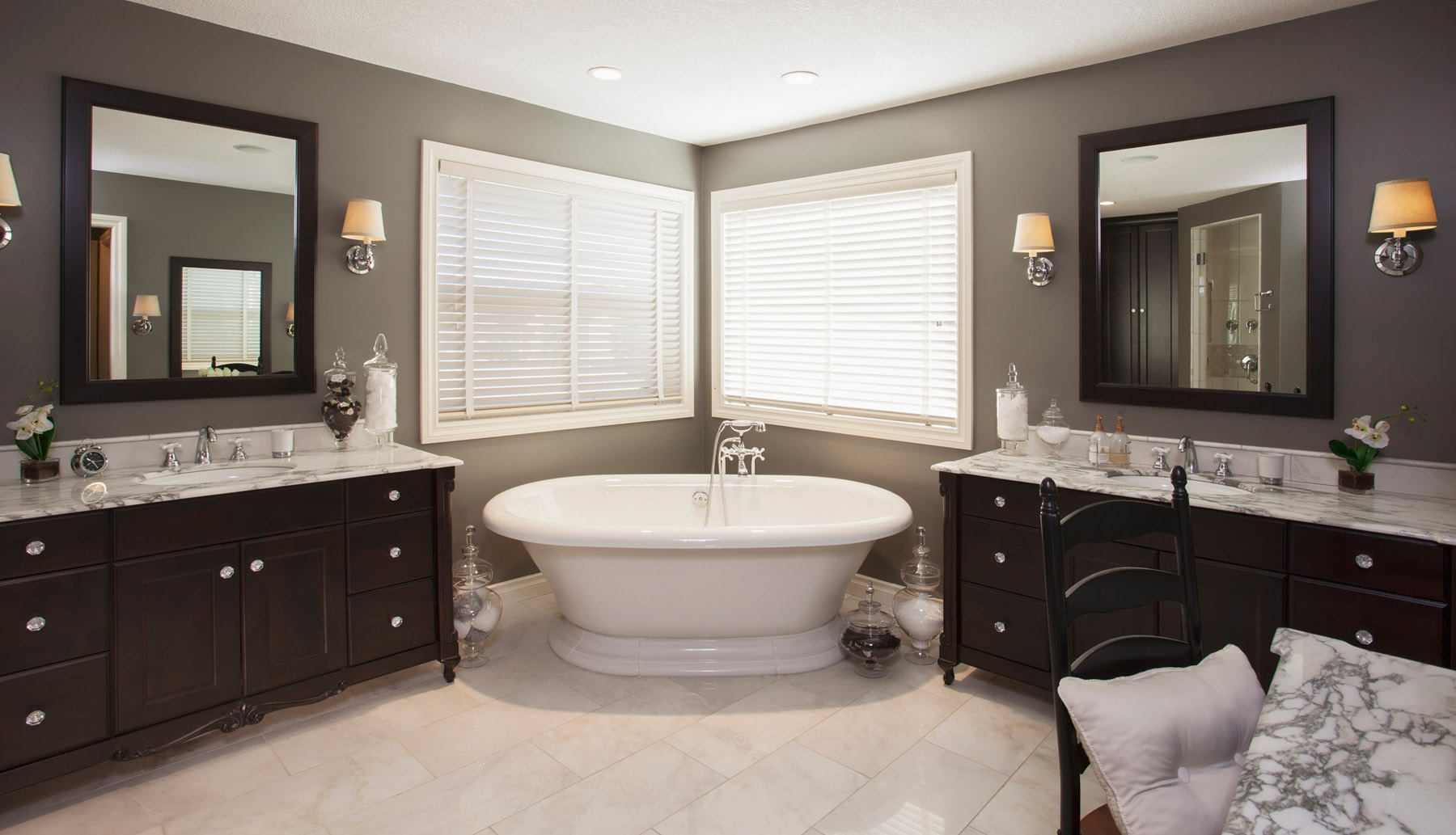 Bathroom renovations with a scent of citrus for Washroom renovation ideas