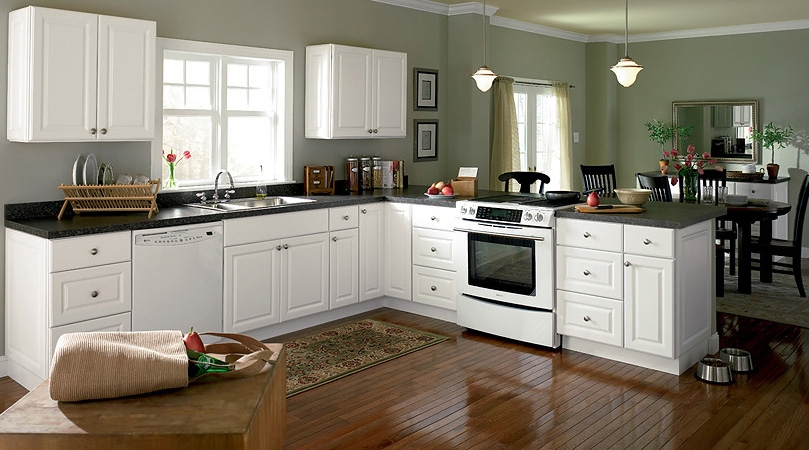 White cabinetry is still the color of choice for White kitchen designs