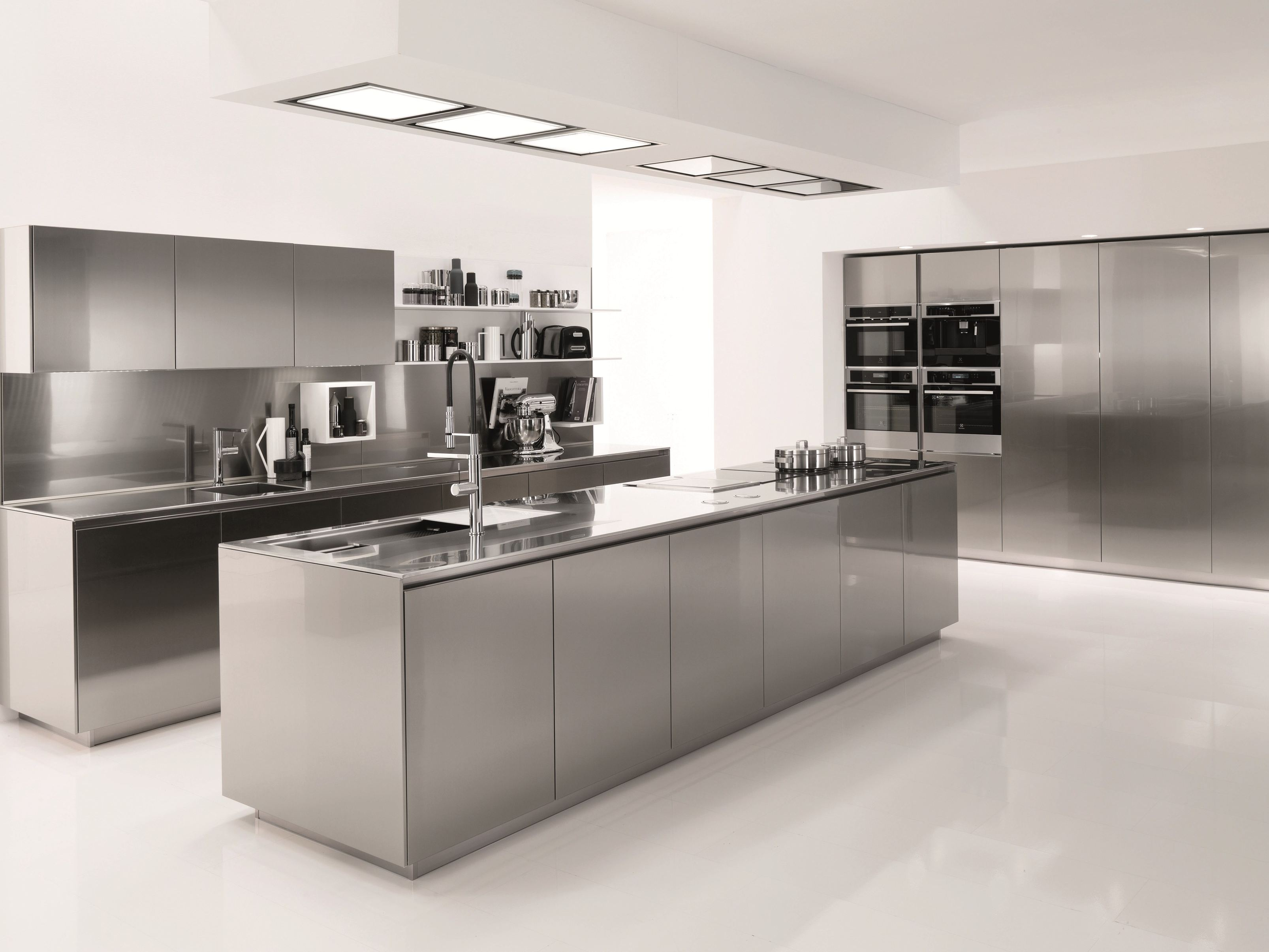 Complement Your Kitchen with the Right Metal Finish