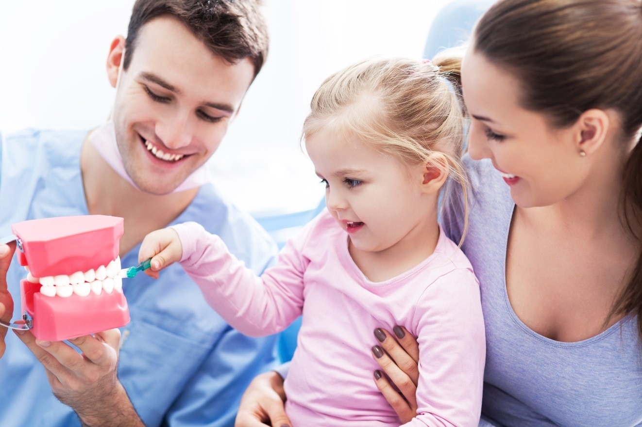 Your Child's First Visit to the Dentist – What To Expect
